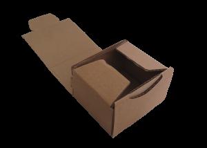 Boîte postale brune 100 x 80 x 60mm